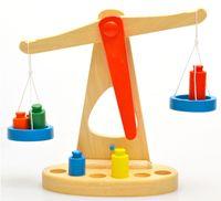 Wholesale earning Education Math Toys Wooden Balance Scale Yakuchinone Brinquedos Educativos Libra Pendulum Early Learning Weight Child Kids I