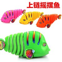 Wholesale Activity Wind up Toy fish clockwork toy Colorful fish moving tail ornaments swimming fish Children s Educational Toy