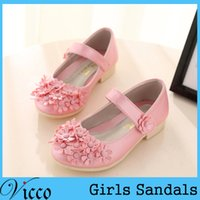 Wholesale 2016 New Fashion Kids Artificial PU Sandals Flower Girls Shoes Sandals Princess Shoes Girls Party Show Shoes Korean Floral style
