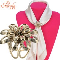 airline jewelry - Elegant Retro Women jewelry Hollow out flower Old silver gold Airline stewardess Brooches pins Shawl Scarves Scarf buckle clips