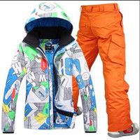 Wholesale new ski suit set Men skiing outdoor snowboard skiing set waterproof and windproof thermal clothing