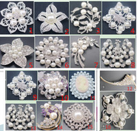 Wholesale 20kinds Silver Tone Alloy Rhinestone pearl Flower Pin Brooch PARTY Wedding Bridal Boutique Brooch Decoration Christmas