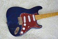 Wholesale Frete grátis nova guitarra elétrica guitarra st cor sunburst bordo guitarra elétrica do pescoço com sss pickups guitarra na china