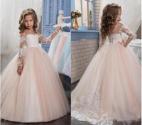 ball gowns children - 2017 New Flower Girls Dresses For Weddings Jewel Neck Long Sleeves Lace Appliques Sweep Train Ball Gown Birthday Children Girl Pageant Gown
