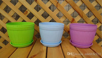 Wholesale City Colors Round Plastic Plant Pot Planter Flower Pot with Pallet Tray Saucer for Decoration of Home Office Desk Garden Flower Shop