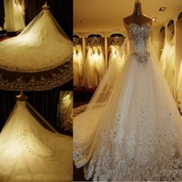 Wholesale Luxury Crystal Wedding Dresses Lace Cathedral Lace up Back Bridal Gowns A Line Sweetheart Appliques Beaded Garden Free Veil gloves