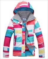 Wholesale new womens colorized stripes waterproof warm snowboarding jackets ladies colorful grid ski jacket anorak skiwear