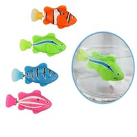 Wholesale 4pieces Battery Powered Electric Bionic Robot Fish with Smart Senor Turinng Diving Floating Like Real Fish as Pet Dog Cat Toy