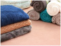 Wholesale Large Pet dog Tactic coral fleece blanket to blanket the warm quilt mat kennel in all season