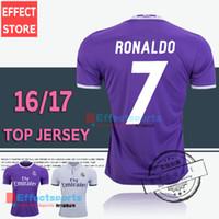 al por mayor camiseta de fútbol de tailandia-2.017 Tailandia Real Madrid de calidad Fútbol nueva fuente 16 17 RONALDO casa blanca púrpura de distancia JAMES BALA RAMOS CIUO MODRIC camiseta de fútbol