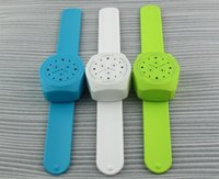 bass bracelet - Mini Bluetooth Speaker Sports Wrist Watch Style Stereo Bass Bracelet Vibrating Speaker for Phone Tablet Computer MP3