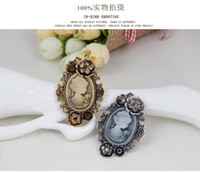 animal crossing avatars - Free postage new European and American jewelry brooch crystal brooch Retro beauty Avatar New alloy diamond accessories