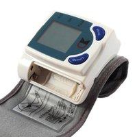 Wholesale digital Sphygmomanometer lcd blood pressure monitor portable Tonometer Meter for blood pressure meter de dedo health monitoring
