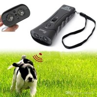 Wholesale Super Double Ultrasonic Dog Chaser Deterrent Device Stops Aggressive Animal Attacks Repeller Dog Trainer with Flashlight