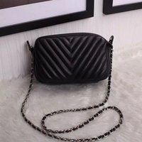 Wholesale Brand bag hot selling small Fresh Ladies Coin Bag Simple Purse Wallet Zipper Short Change Bag and Crossbody bag Black mini bags