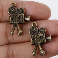 antique projector - New Arrival x16mm Antique Bronze Metal Pendant Projector Charms Jewelry Findings Accessories for DIY jewelry making DI