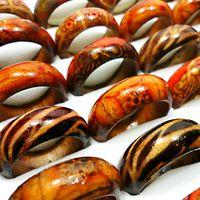 al por mayor bulks para-Los anillos de madera de la manera para los hombres de las mujeres venden al por mayor el tamaño mezclado 6-10 # LR001 de los EEUU
