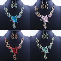 best butterfly ornaments - 2016 Popular Europe and America Butterflies in Love with Flowers Necklace Best Sellers pendant Bride Ornaments Suit Tin Alloy cuff bracelet