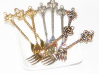 Wholesale Kitchen dining amp bar pc Fashion classical vintage fruit small fruit sign dessert tableware cake fork gold silver