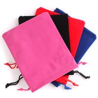 al por mayor paquete de regalo de joyería-Mezcla de colores Soft Velvet Bolsa Bolsa Logotipo personalizado Disponible Embalaje de joyas para el collar Pendiente Pulsera Navidad Boda Bolsos de regalo