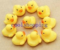 Wholesale 4 cm Mini Yellow Rubber duck PVC Bath toy Sound Floating Ducks Children Swiming Beach Gifts