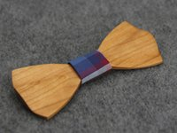 beautiful business - 2016 New Handmade Sandalwood Bow Ties Fashion Charm wavy Men Bow Tie Beautiful party Gift Free Delivery