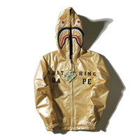 Wholesale Men s local tyrants gold shark head ski wear coats hooded double a man wear dust coat