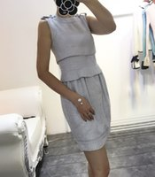 Wholesale Women Fall Tweed Dresses Brand Designer Retro Office Ladies Winter Work Elegent Sleeveless Button One Piece Lantern Dress High Quality