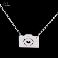 best camera jewelry - 2016 New Charm Vintage Retro Camera Chain Pendant Jewelry Gold Silver Stainless Steel Necklace For Women And Best FriendGift