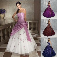 Wholesale Cheap Stock Ball Gown Quinceanera Dresses Vestidos de anos Embroidery Floor Length Debutante Gowns Sweet dresses
