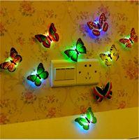Decoraciones de Halloween de Navidad 3D LED mariposa libélula Adornos de pared Adornos LED mariposa luz de la noche luz de la pared de la lámpara 3D decoraciones de pared
