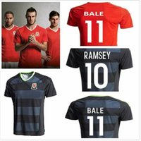 Wholesale 2016 País de Gales Soccer Jersey top Thai qualidade do bordado do logotipo Camisas de Futebol Jerseys Bale Gales camisa