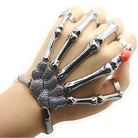 Wholesale Europe and the United States foreign trade jewelry punk skeleton finger hand bone exaggerated Halloween jewelry Stretch Bracelet