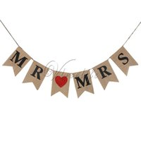 Wholesale 13cm x cm x cm Black Glitter Red Mr Mrs Burlap Bunting Banner Photo Prop Sign Vintage Flags Rustic Wedding Party Reception Decor