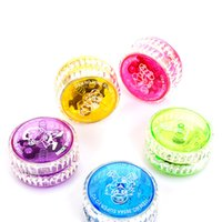 Wholesale nouvelle arrive Fahion jouets pour enfants CM clignotant YOYO LED Glow Light yo yo jouet avec CM ligne longueur cou
