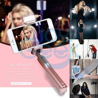 Wholesale Bluetooth Selfie Sticks with360 Degree Led Fill Light and Rear Mirror Extendable and Foldable Monopod for iPhone Android System Phones