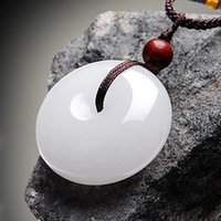 Wholesale Hetian jade jewelry buckle and quartzite natural jade pendant