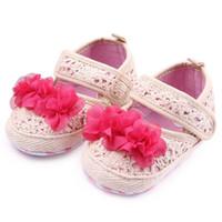al por mayor 12 meses de vestido rojo chica-Nuevos zapatos para niños caminando para las niñas Crochet diseño Big color rojo beige flor suave antideslizante Sole zapatos de vestir 0-12 meses
