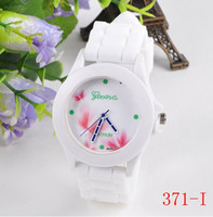 whites gmt - 2016 Simple Fashion Temperament Geneva Couple Printing Flower Watch Strap Silicone Watch GMT Time Between The Two Places For Sale