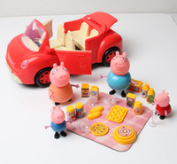 Hot Sell auto rossa di Peppa con 4pcs Maiali Red Car Foods Pig Giocattoli