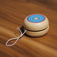 Wholesale 2pcs environmental friendly mini handmade wood yoyo ball toy games wooded present for kids