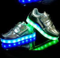 autumn brown facebook - Hot Sale Luminous Sneakers Childrens LED Night Light Boots Fashion Casual Chinese Facebook Sports Shoes For Boys and Girls Sneakers kids