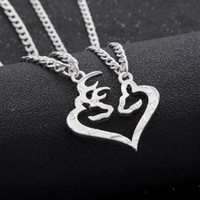Pendant Necklaces South American Women's 2pcs Deer Hunting Buck & Doe Necklace Kissing Broken Half Coin Set Friendship BFF Creative Necklace Lover Couples Christmas Gift