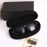 Wholesale New Hot fashion sunglasses case summer style sun glasses box vintage black large capacity High quality portable box glasses