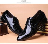 Wholesale Fashion designer formal mens dress shoes genuine leather black luxury wedding shoes men flats office for male size