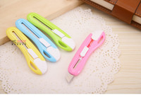 Wholesale New effective color small art knife blade paper knife students hand knife Mini