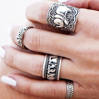 Wholesale 4pcs Set Vintage Punk Ring Set Unique Carved Antique Silver Elephant Totem Leaf Lucky Rings for Women Boho Beach Jewelry