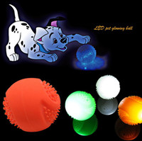 Wholesale Dog LED Flashing Glowing Ball Rubber Flash Ball Dog Ball Multiple Colors Pet Toys Retail Package