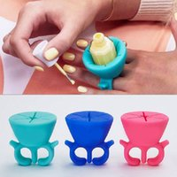 Wholesale Nail Polish Bottle Holder Soft Silicone Finger Wearable Creative Wearable silicon nail polish holder with ring