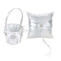2pcs / set blanc dentelle diamante rond boucle de satin ruban arc oreiller anneau et fleurs panier filles pour la décoration de mariage décoration